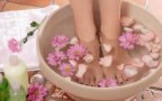 Шишка между пальцами на ноге